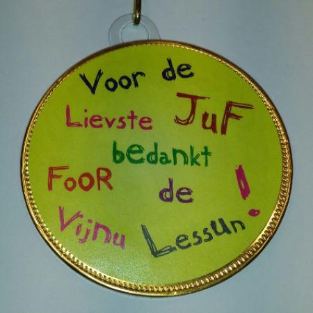 Medaille Juf bestellen bij ZZ-Snoeponline.nl